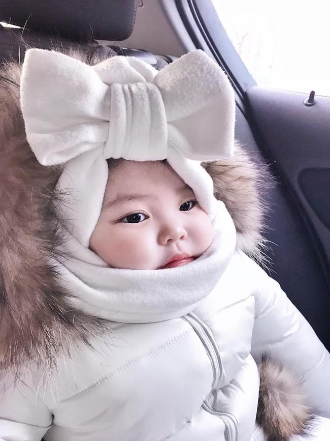 Cô bé Việt mặc kín mít như phi hành gia, chỉ hở đôi mắt tạo dáng chụp ảnh dưới cái lạnh -17 độ ở Nga khiến nhiều người bật cười - Ảnh 4.