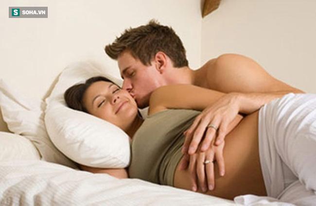 Tại sao phụ nữ lại tăng ham muốn và đạt đỉnh dễ dàng hơn khi mang thai: Đây là 3 lý do! - Ảnh 2.