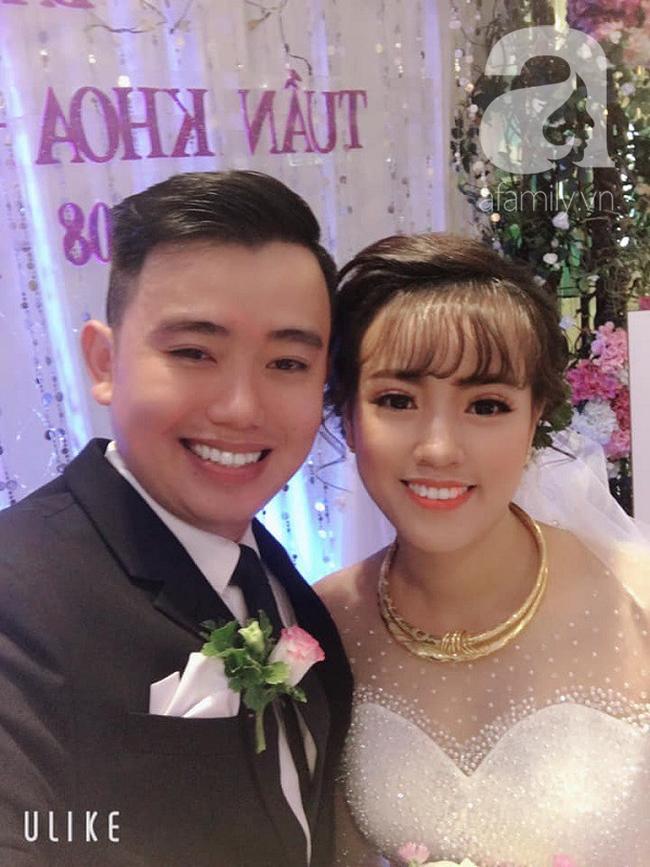 Kì lạ cặp vợ chồng giống nhau như tạc, đằng sau còn là câu chuyện em gái mưa - anh trai bão nhọ nhất 2018 - Ảnh 1.