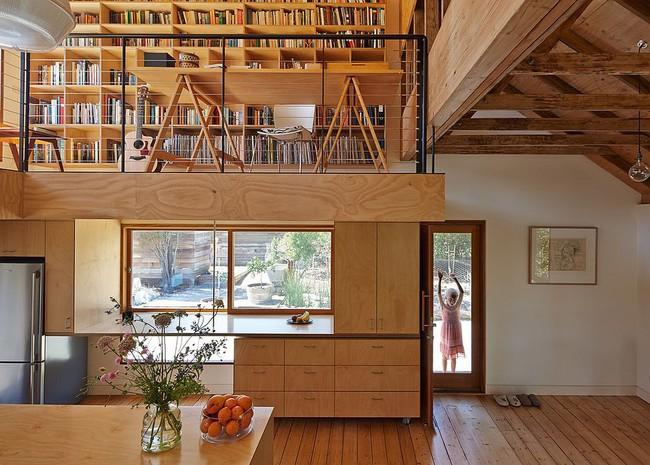 Nhà bếp dưới gác lửng - giải pháp hoàn hảo cho một ngôi nhà cần tiết kiệm không gian tối đa - Ảnh 12.