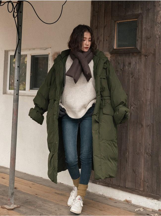 Lên đồ đậm chất Hàn với áo phao con sâu đã to lại dài cho những ngày cuối năm rét cóng - Ảnh 10.