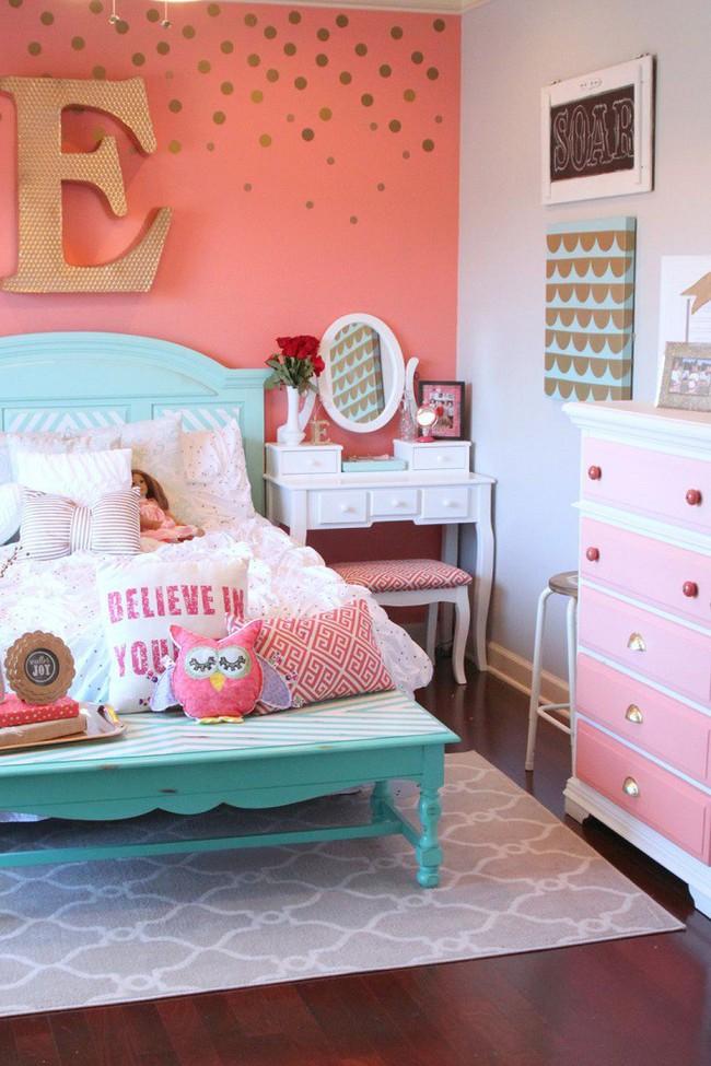 Khám phá 11 thiết kế phòng ngủ vừa đẹp lại nhẹ nhàng, trẻ trung dành cho các cô nàng mộng mơ - Ảnh 2.