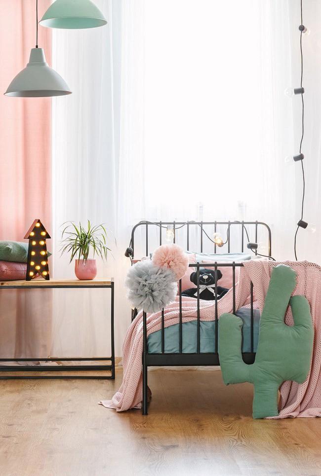 Khám phá 11 thiết kế phòng ngủ vừa đẹp lại nhẹ nhàng, trẻ trung dành cho các cô nàng mộng mơ - Ảnh 4.