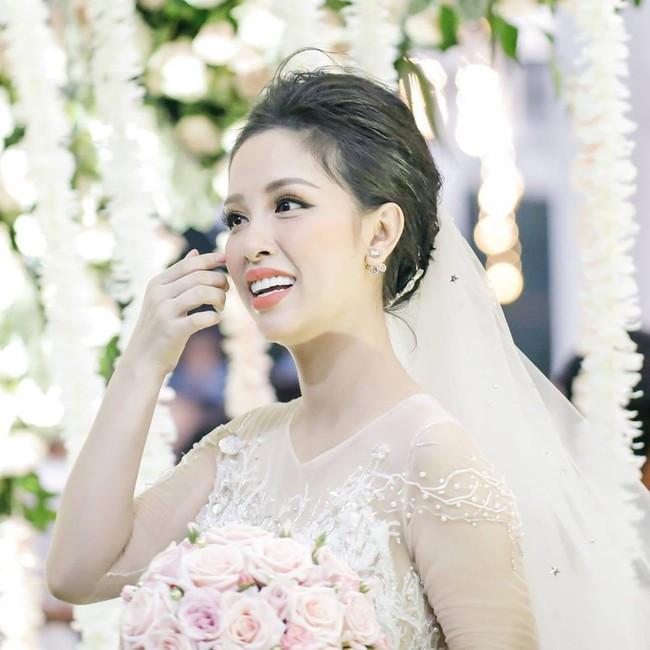 Trang Pilla - một năm nhìn lại: trút mác chị dâu Bảo Thy trở thành hot mom thành đạt, vừa hạnh phúc đón tin vui - Ảnh 5.