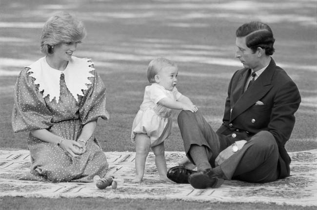 Chỉ một bí quyết nhỏ cũng cho thấy khả năng làm mẹ tuyệt vời của Công nương Diana - Ảnh 2.