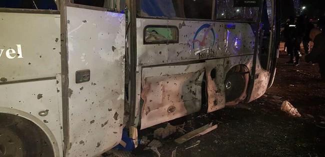 Xe chở đoàn du khách Việt Nam bị đánh bom ở Ai Cập: Ít nhất 14 người thương vong - Ảnh 3.