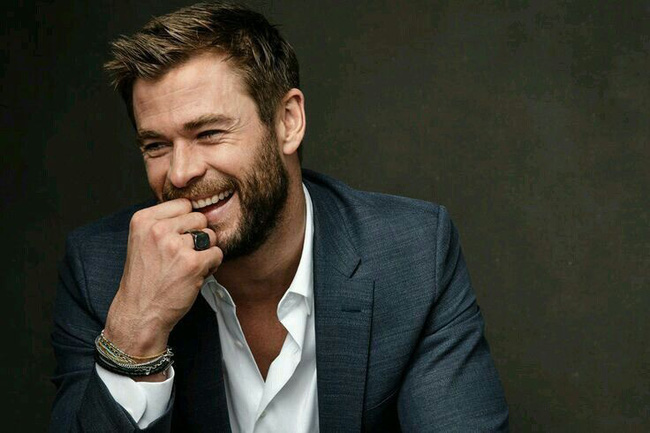 Vừa hục hặc với chồng thì được Thần Sấm Chris Hemsworth tỏ tình, người phụ nữ dính bẫy tình online, mất trắng 350 triệu - Ảnh 1.