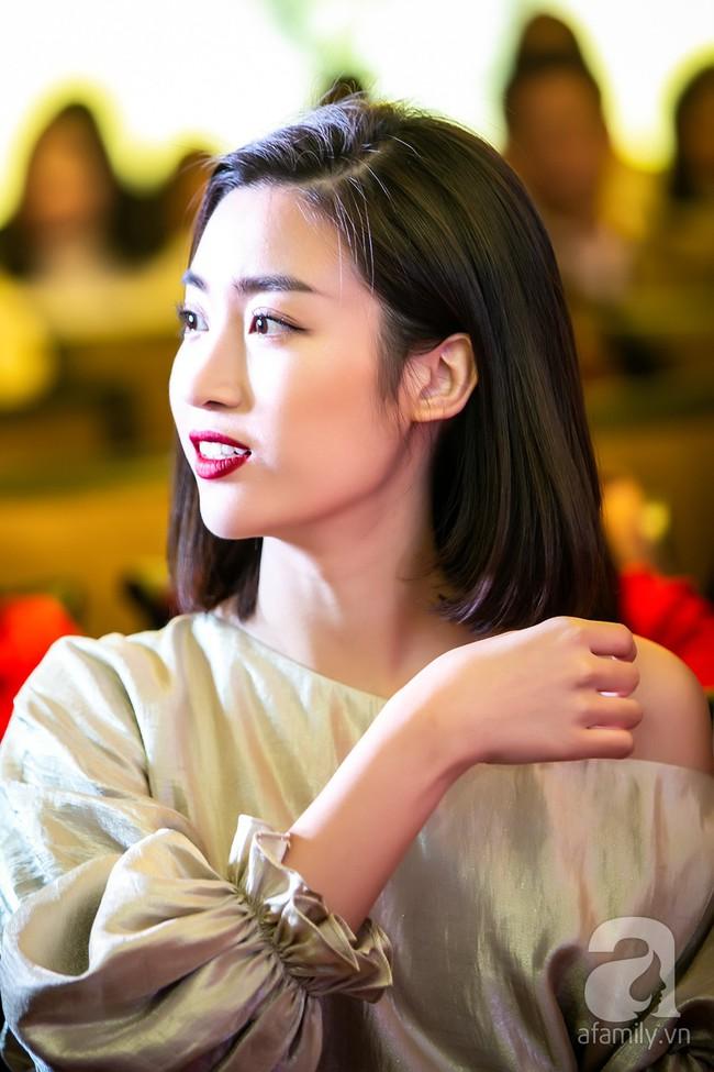 Sau một năm biến mất khỏi showbiz, Á hậu Nguyễn Thị Loan tái xuất với phong cách đẳng cấp trong ngày trở thành bà chủ - Ảnh 10.