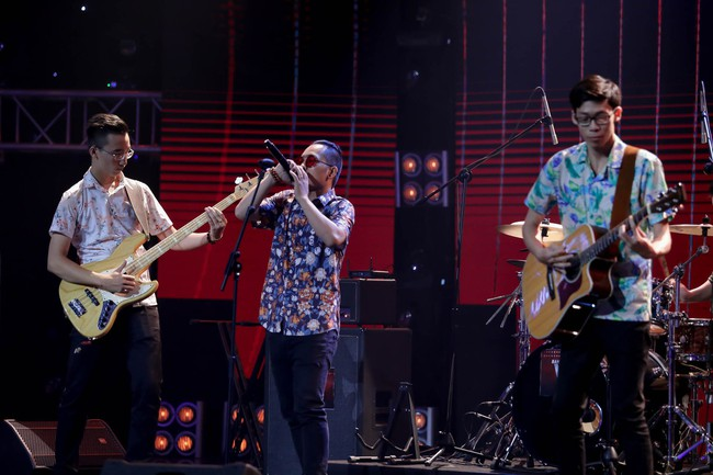 Mỹ Linh tuyên bố đoạn tuyệt tình cảm với Phương Uyên trong tập đầu Ban nhạc Việt mùa 2 - Ảnh 10.