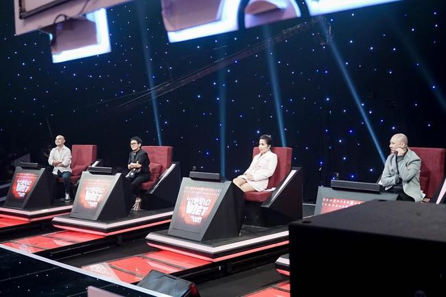 Mỹ Linh tuyên bố đoạn tuyệt tình cảm với Phương Uyên trong tập đầu Ban nhạc Việt mùa 2 - Ảnh 1.