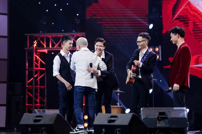 Mỹ Linh tuyên bố đoạn tuyệt tình cảm với Phương Uyên trong tập đầu Ban nhạc Việt mùa 2 - Ảnh 5.
