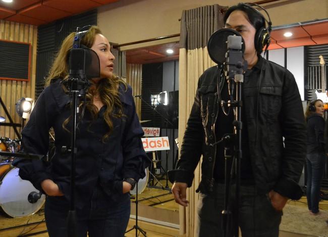Sau nhiều năm gác micro, Hứa Vĩ Văn bất ngờ quay lại hát hò với Thanh Hà  - Ảnh 5.