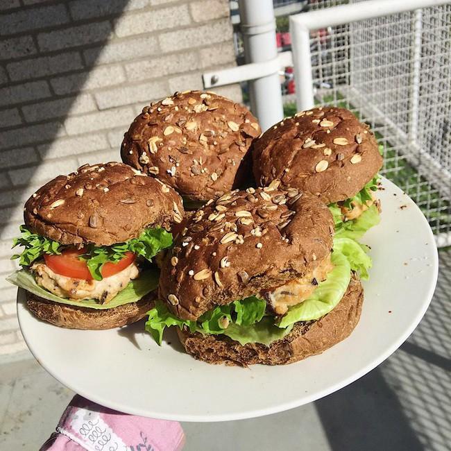 Học cách giữ dáng nhờ ăn theo những thực đơn giảm cân được du học sinh tự tay làm - Ảnh 10.