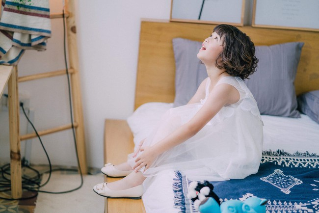 Thúy Nga khoe con gái 7 tuổi lớn phổng phao nhưng cũng cạn lời vì tiếng Việt chưa sõi của con - Ảnh 4.