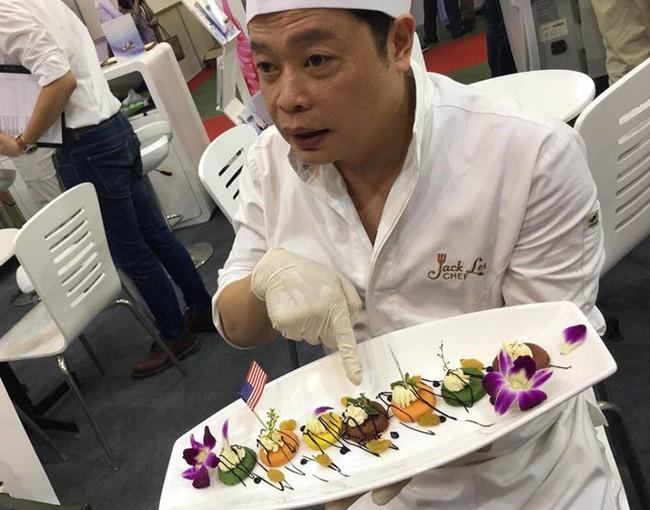 Đầu bếp 5 sao Hollywood: 4 thói quen xấu trong ăn uống của người Việt gây rất nhiều bệnh - Ảnh 2.
