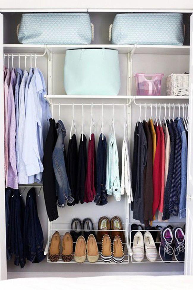 Những lời khuyên hữu ích cho vấn đề muôn thủa: Tủ quần áo trong phòng ngủ chật - Ảnh 9.