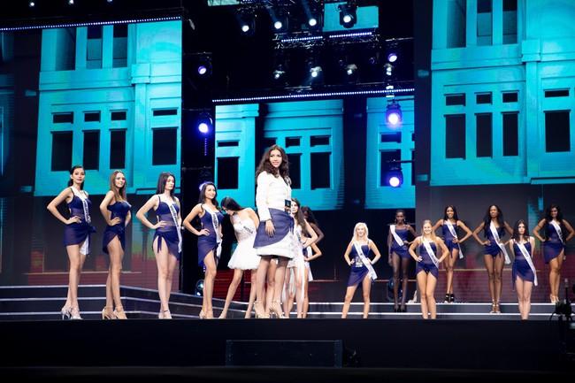 Minh Tú nổi bật trên sân khấu tổng duyệt Chung kết Miss Supranational 2018 - Ảnh 9.