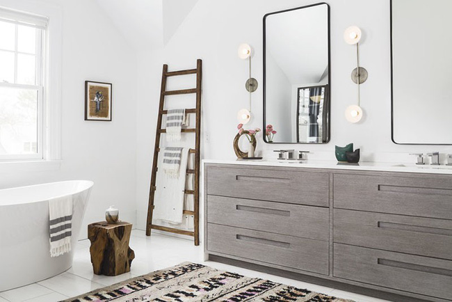 Điểm danh những căn phòng tắm thiết kế bồn rửa tay đôi khiến bạn khó có thể chối từ - Ảnh 3.