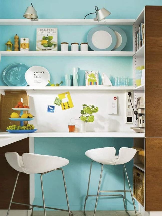 2 căn bếp nhỏ hiện đại và đẹp bất ngờ với tone màu xanh nhạt  - Ảnh 4.