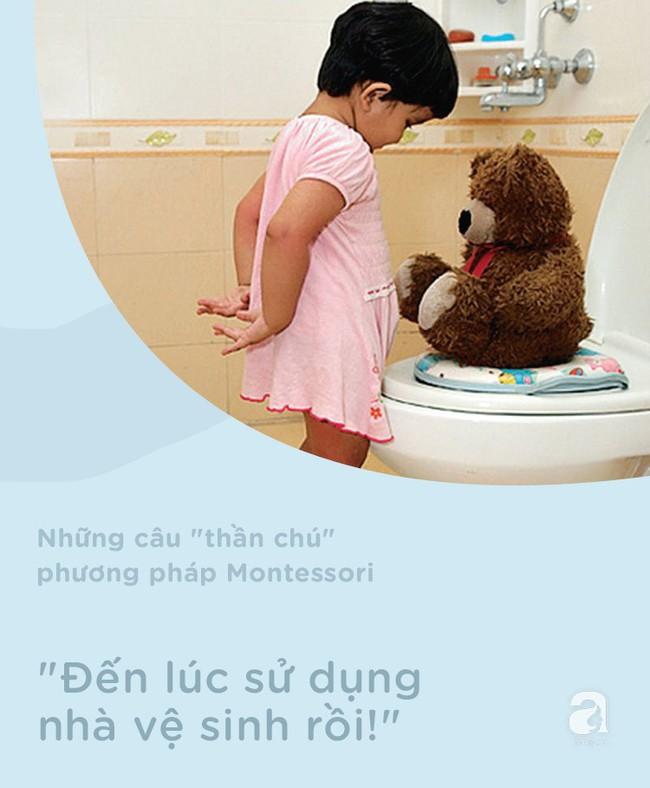 8 câu thần chú từ phương pháp Montessori giúp dạy bé đi vệ sinh dễ dàng - Ảnh 6.