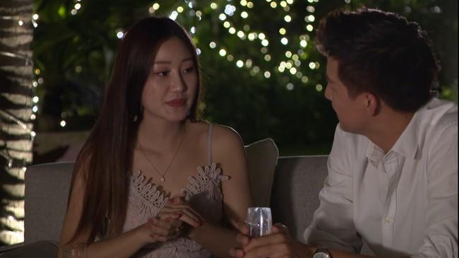 Cười ngất với clip chế phản ứng của nam chính Anh chàng độc thân với cô gái có giọng hát kinh hoàng - Ảnh 7.