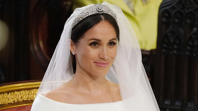Không phải sắc màu mới mẻ và nổi bật, những màu son dễ đánh và trung tính mới là sự lựa chọn của phụ nữ Hoàng gia - Ảnh 5.