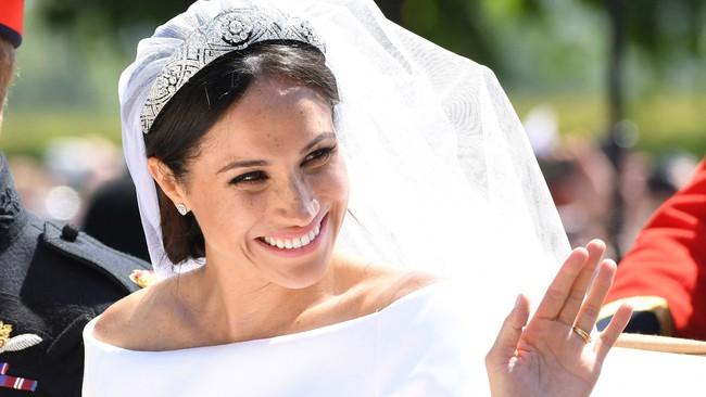 Không phải sắc màu mới mẻ và nổi bật, những màu son dễ đánh và trung tính mới là sự lựa chọn của phụ nữ Hoàng gia - Ảnh 6.