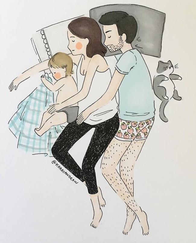 Mẹ nuôi con nhỏ nào cũng thấy mình trong những bức vẽ phác họa khoảnh khắc đời thường mà đầy xúc cảm này - Ảnh 3.