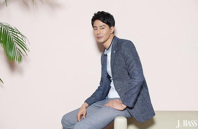 Jo In Sung: Kẻ cắp trái tim của hàng triệu cô gái nhưng sắp tứ tuần vẫn cô đơn lẻ bóng - Ảnh 3.