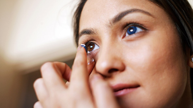 Cứ 3 người thì 1 người bị nhiễm trùng mắt do làm điều này, chuyên gia cảnh báo nên làm 2 việc mỗi tối và sáng để phòng bệnh - Ảnh 3.
