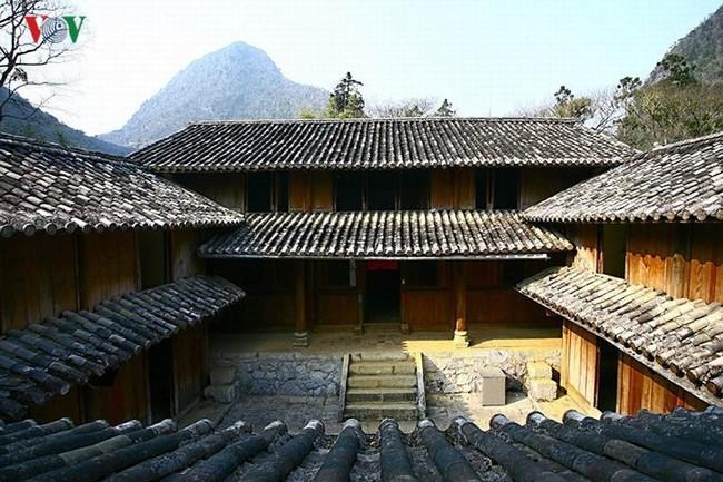 Dinh thự họ Vương - huyền thoại vùng cao nguyên đá Đồng Văn - Ảnh 8.