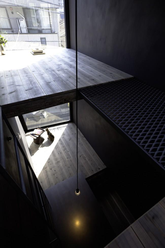 Với mặt tiền chưa đầy 2m, ngôi nhà ở Nhật Bản này cho chúng ta thấy với sự sáng tạo, không gì là không thể làm được  - Ảnh 9.