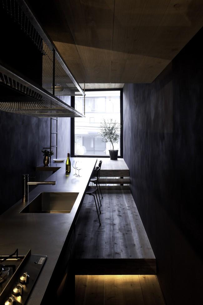 Với mặt tiền chưa đầy 2m, ngôi nhà ở Nhật Bản này cho chúng ta thấy với sự sáng tạo, không gì là không thể làm được  - Ảnh 6.