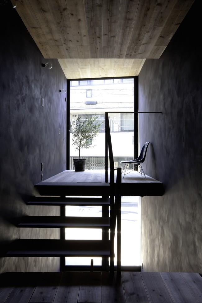 Với mặt tiền chưa đầy 2m, ngôi nhà ở Nhật Bản này cho chúng ta thấy với sự sáng tạo, không gì là không thể làm được  - Ảnh 3.