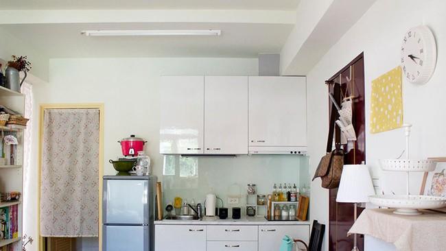 Bất ngờ với cách sắp xếp nội thất gọn gàng, thông minh trong căn hộ đi thuê của cô gái trẻ - Ảnh 10.