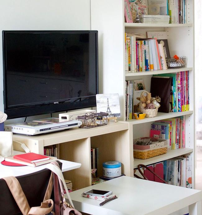 Bất ngờ với cách sắp xếp nội thất gọn gàng, thông minh trong căn hộ đi thuê của cô gái trẻ - Ảnh 7.