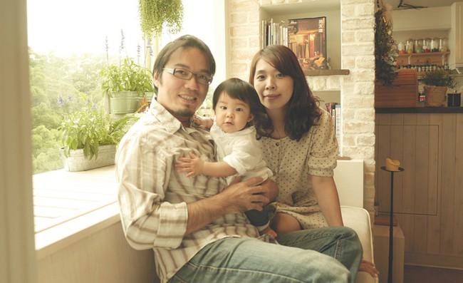 Căn hộ đẹp bình yên với nội thất nhỏ gọn cùng cách sắp xếp đồ thông minh của vợ chồng trẻ - Ảnh 2.
