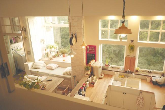Căn hộ đẹp bình yên với nội thất nhỏ gọn cùng cách sắp xếp đồ thông minh của vợ chồng trẻ - Ảnh 4.