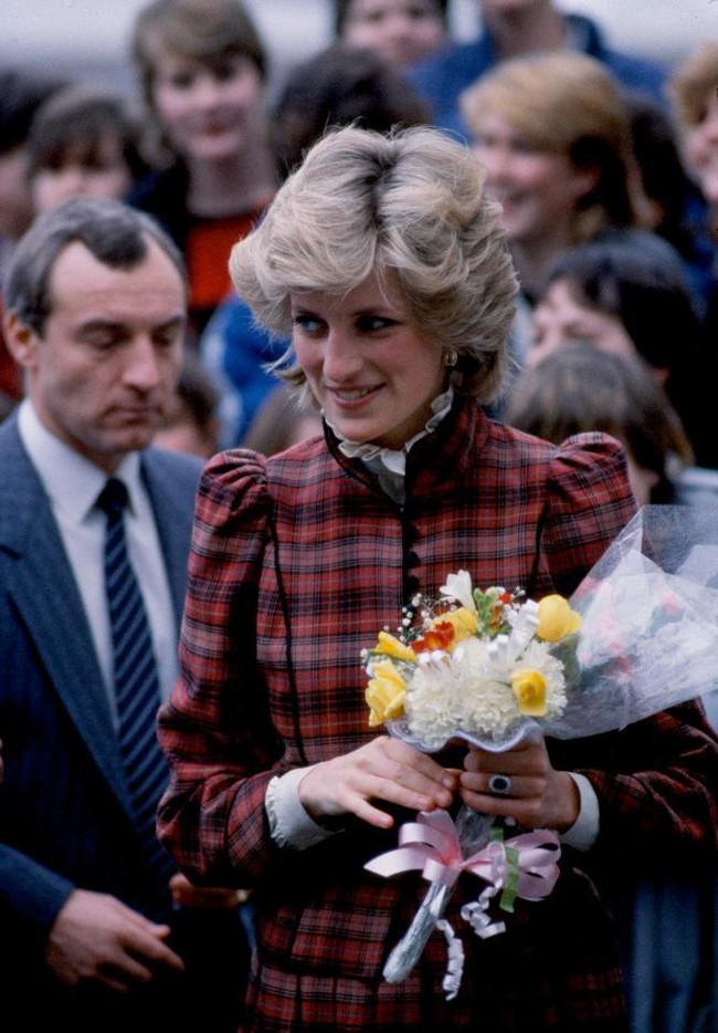 Không phải Thái tử Charles, đây mới là người đàn ông Công nương Diana coi là tình yêu lớn nhất mà tôi từng có - Ảnh 3.