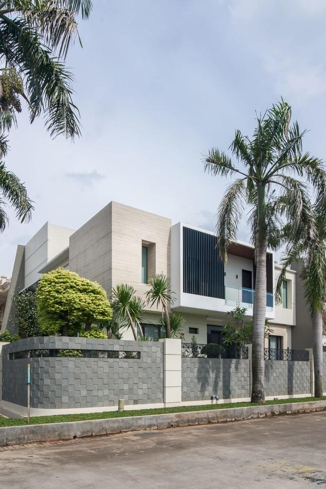 Mẫu thiết kế nhà 2 tầng đẹp hiện đại và sang trọng - Ảnh 9.