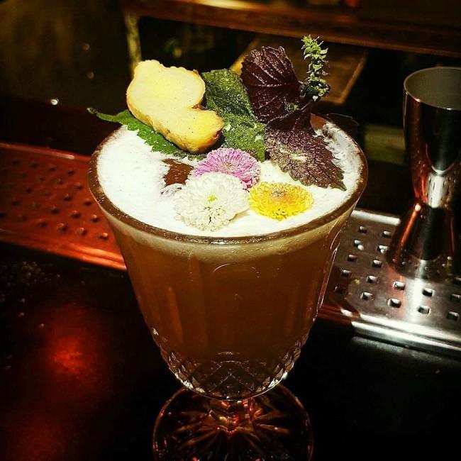 5 quán bar nhẹ nhàng xinh đẹp cho các quý cô Sài Gòn thư giãn sau giờ làm - Ảnh 8.