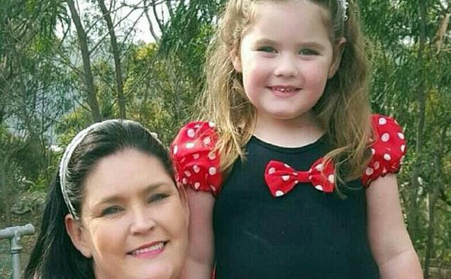 Căn bệnh khiến cô bé 2 tuổi ngực phát triển, 4 tuổi có kinh nguyệt và mãn kinh khi 5 tuổi - Ảnh 1.