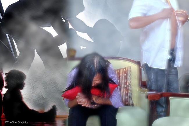 Theo mẹ về nhà chồng sống cùng cha dượng, bé gái rơi vào địa ngục của quỷ dữ suốt 8 năm không dám lên tiếng - Ảnh 2.