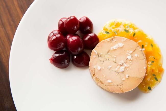 Gan ngỗng - đỉnh cao văn hóa ẩm thực Pháp: Khi lằn ranh giữa món ăn xa hoa và nỗi thống khổ tột cùng của loài ngỗng bị xóa mờ - Ảnh 6.