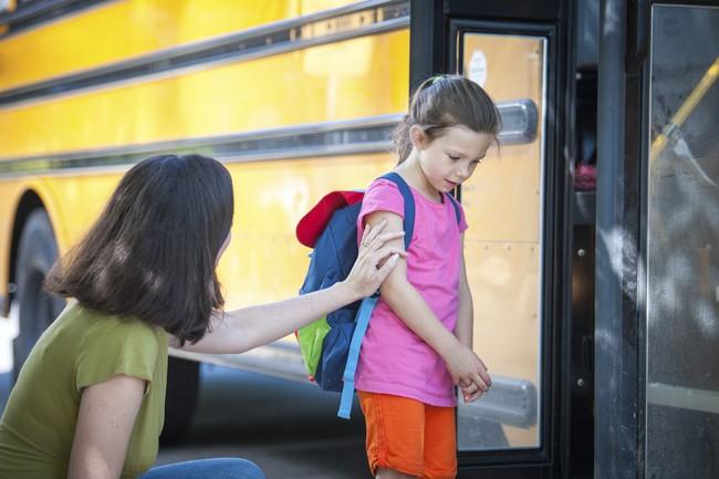 Con mè nheo không chịu đi học, dùng ngay 10 câu nói Montessori siêu hữu dụng sau đây - Ảnh 3.