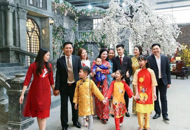 Đọ nhan sắc của mẹ ruột các Hoa hậu, Á hậu được khen là đẹp hơn cả con gái - Ảnh 26.