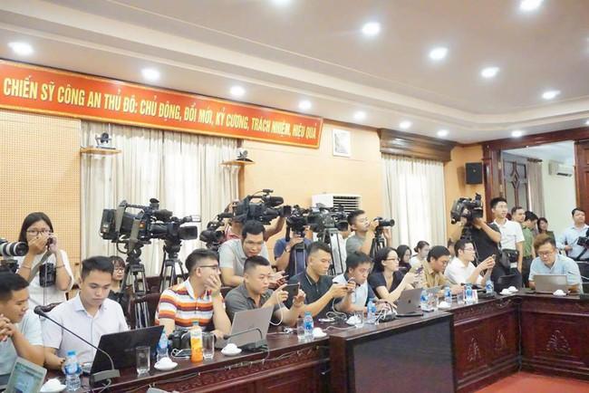 Công an Hà Nội thông tin chính thức vụ 7 người chết tại lễ hội âm nhạc: Dừng toàn bộ loại hình biểu diễn tương tự - Ảnh 10.