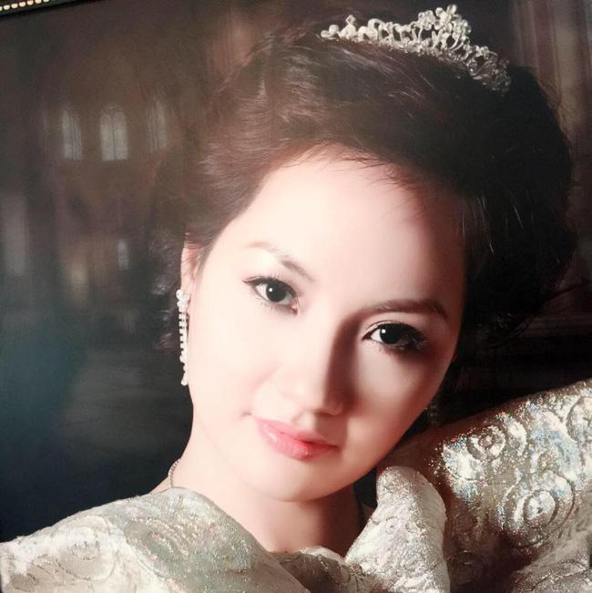Đọ nhan sắc của mẹ ruột các Hoa hậu, Á hậu được khen là đẹp hơn cả con gái - Ảnh 30.