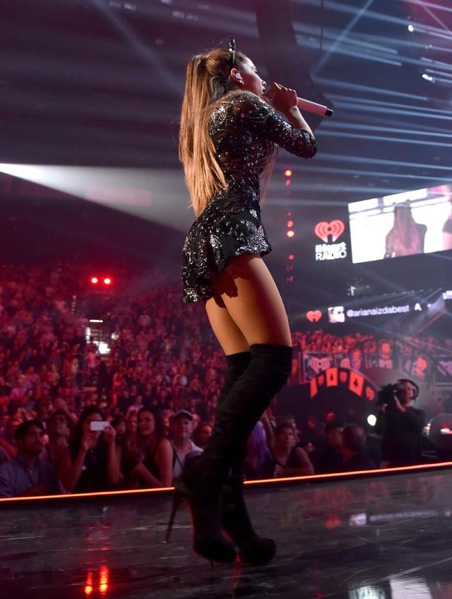 """Là """"cỗ máy"""" kiếm hàng nghìn tỷ đồng mỗi năm nhưng tiểu diva Ariana Grande vẫn giữ được vóc dáng thon gọn nhờ các mẹo hay này - Ảnh 6."""
