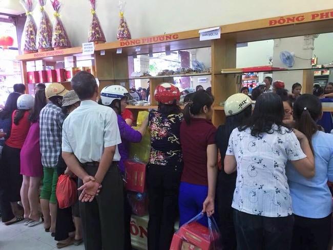 3 tiệm bánh Trung thu truyền thống nổi tiếng, cứ mùa trăng lại đông khách tấp nập  - Ảnh 6.